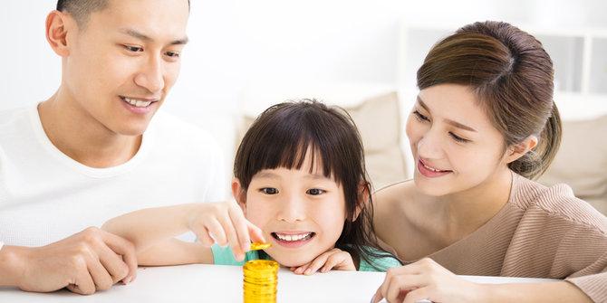 Tentang Keuangan, Suami Harus Giat Bekerja Atau Istri Hemat Anggaran Belanja?